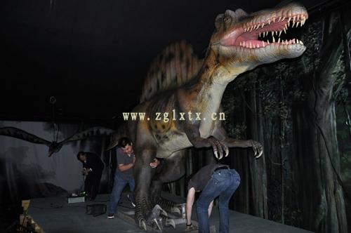 法国动物园恐龙展厅安装现场三