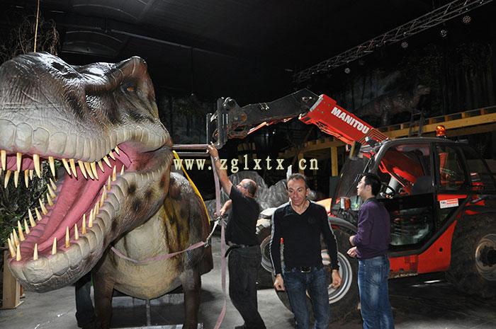 法国动物园恐龙展厅安装现场图一