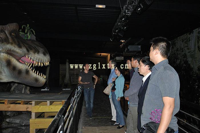 法国动物园恐龙展厅安装现场图九