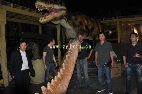 法国动物园恐龙展厅安装现场图十一