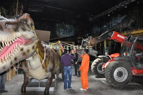法国动物园恐龙展厅安装现场图五